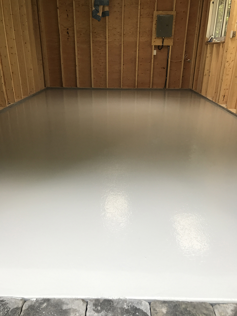 Get experienced industrial floor coating contractors at brama industries brama industries commercial and industrial floor coating contractors have earned a reputation for their high standards and precision work dailygadgetfo Images